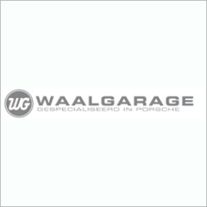 Waalgarage-Porsche-broek-in-waterland
